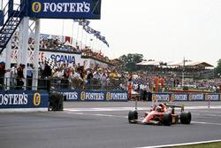 Race winner Alain Prost, Ferrari 641/2