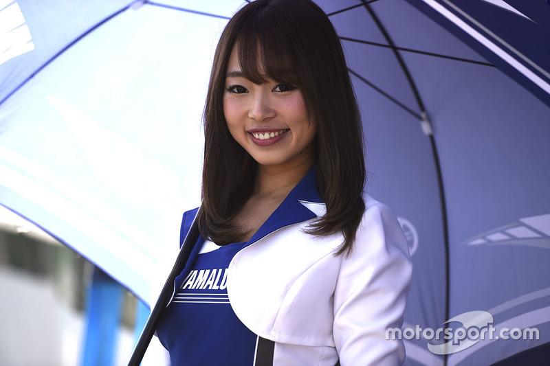 Hot Yamaha girl