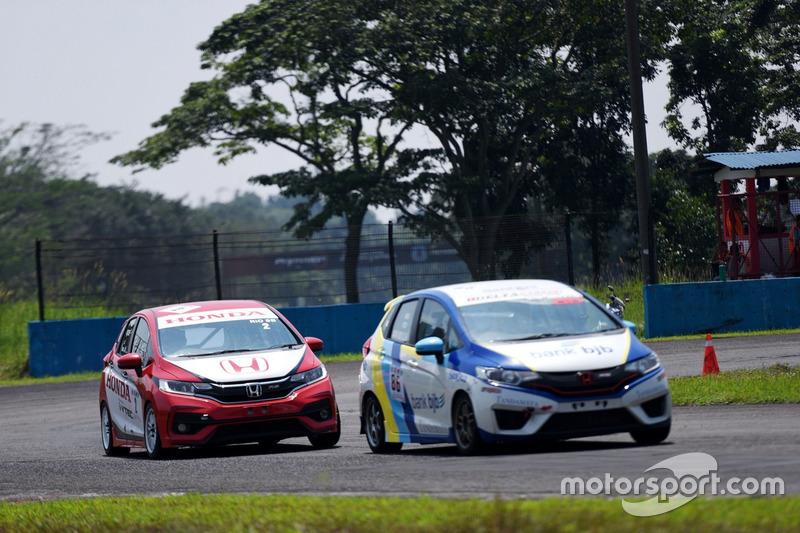 Honda Jazz Speed Challenge