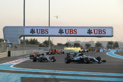Lewis Hamilton, Mercedes F1 W07 Hybrid, Nico Rosberg, Mercedes F1 W07 Hybrid y Kimi Raikkonen, Ferra