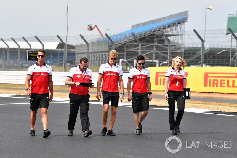 Marcus Ericsson, Sauber, mengitari lintasan
