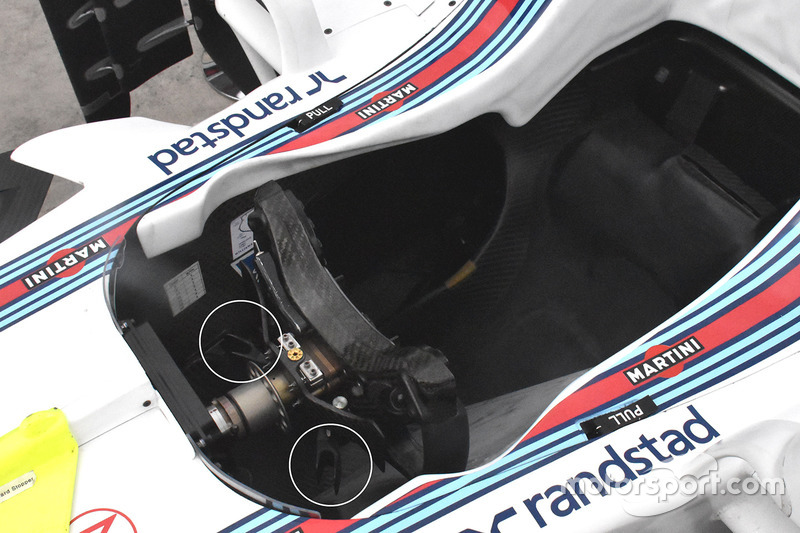 Detalle del volante del Williams FW40