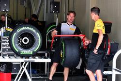 Zone de préparation des pneus Pirelli