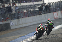 Jonathan Rea, Kawasaki Racing Team vor Tom Sykes, Kawasaki Racing Team