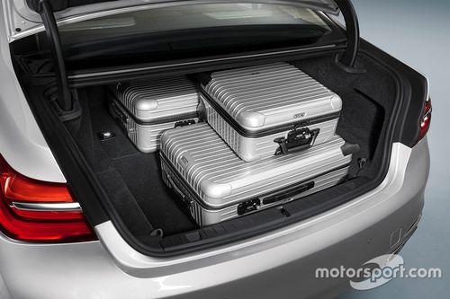 Presentazione della BMW 740e Hybrid