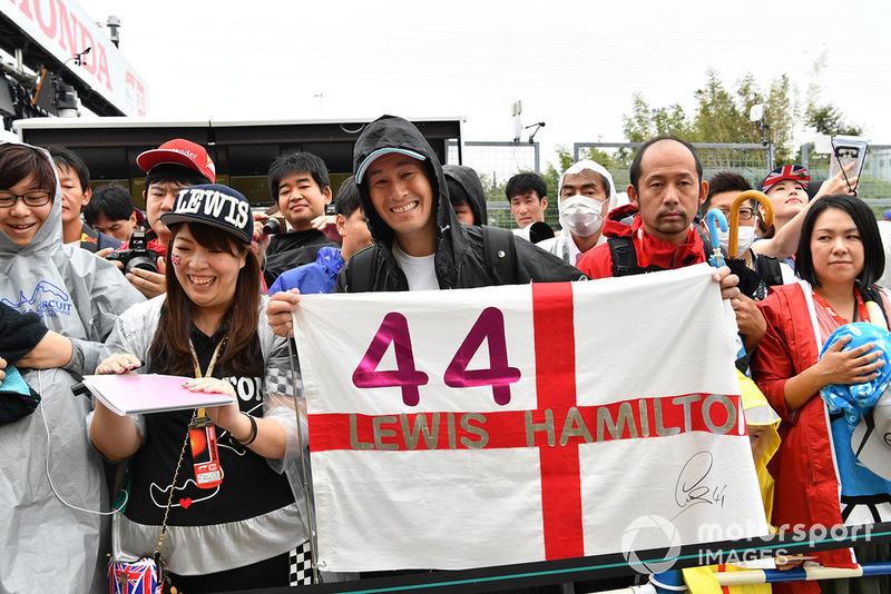 Tifosi di Lewis Hamilton, Mercedes AMG F1