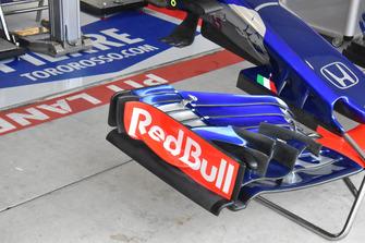 Scuderia Toro Rosso STR13: ala anteriore