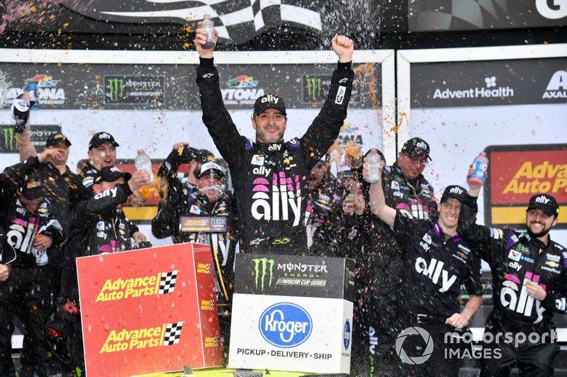 Переможець Джиммі Джонсон, Hendrick Motorsports, Chevrolet Camaro Ally
