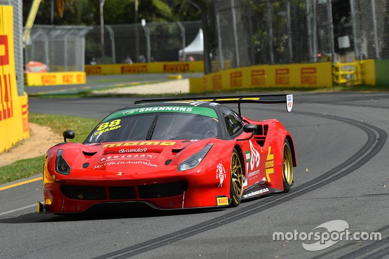 #88 Maranello Motorsport, Ferrari 488 GT3: Peter Edwards