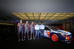 Hayden Paddon, Daniel Sordo, Thierry Neuville, Hyundai Motorsport, Michel Nandan, Hyundai Motorsport Team Principal unveil the 2017 Hyundai i20 Coupe WRC