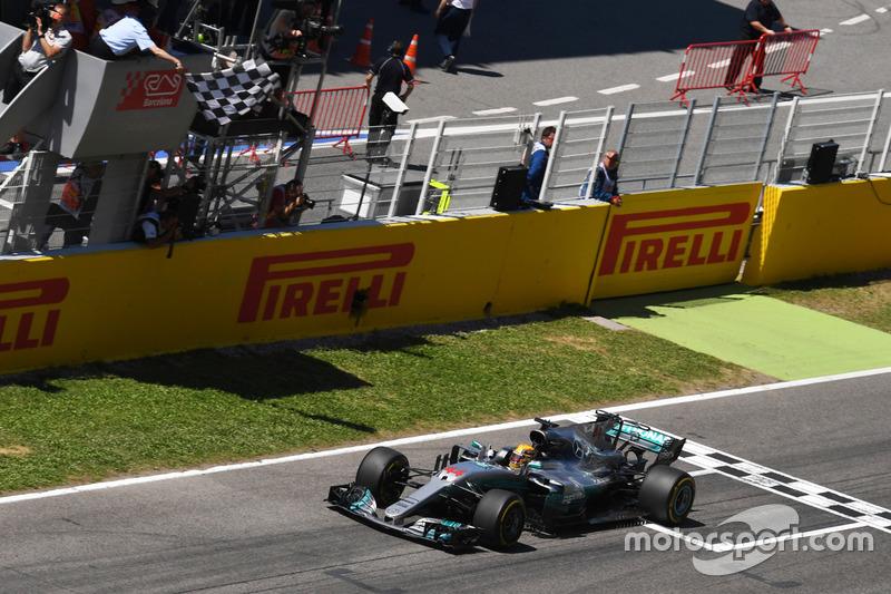 5º GP de España 2017 - Victoria para Lewis Hamilton, Mercedes