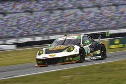 #28 Alegra Motorsports Porsche 911 GT3 R: Карлос де Кесада, Деніел Морад, Жессе Лазар, Мікаель Кріст