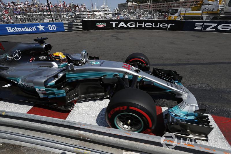 7e : Lewis Hamilton (Mercedes)