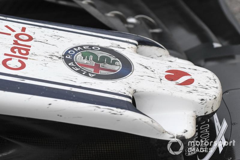 Переднє антикрило Sauber C37