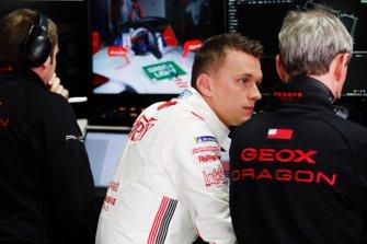 Maximilian Gunther, Dragon Racing in the garage