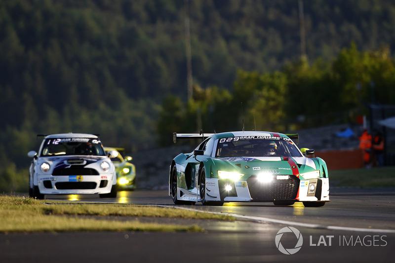 5. #29 Audi Sport Team Land-Motorsport, Audi R8 LMS