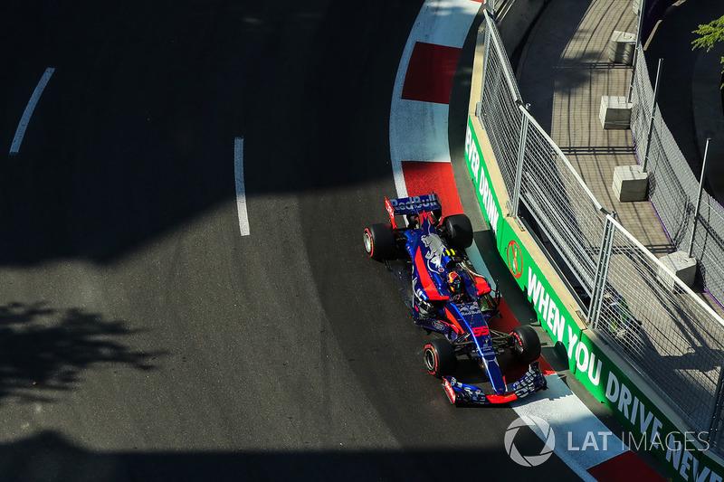 9º Carlos Sainz, Scuderia Toro Rosso STR12 (29 puntos)