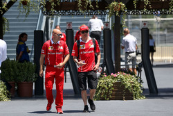Kimi Raikkonen, Ferrari, his trainer Mark Arnall