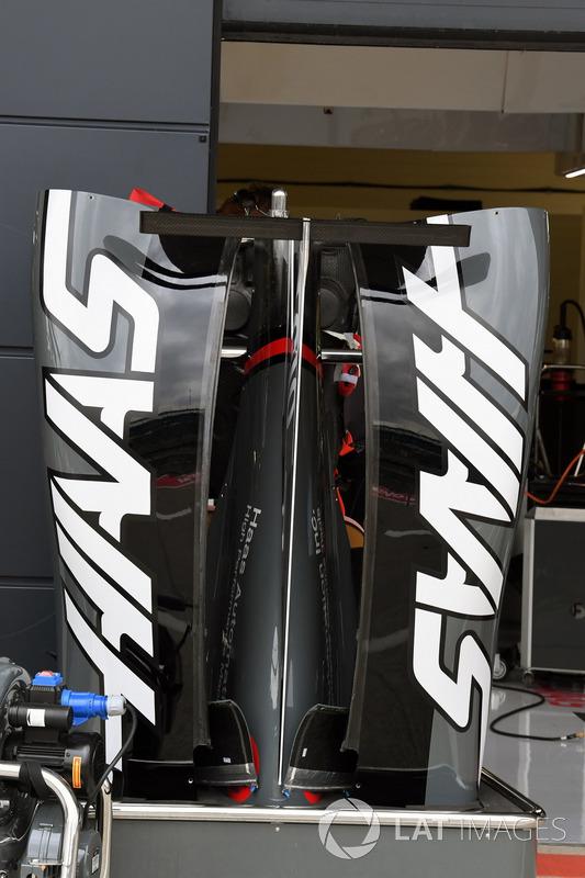 Haas VF-17: Bodywork