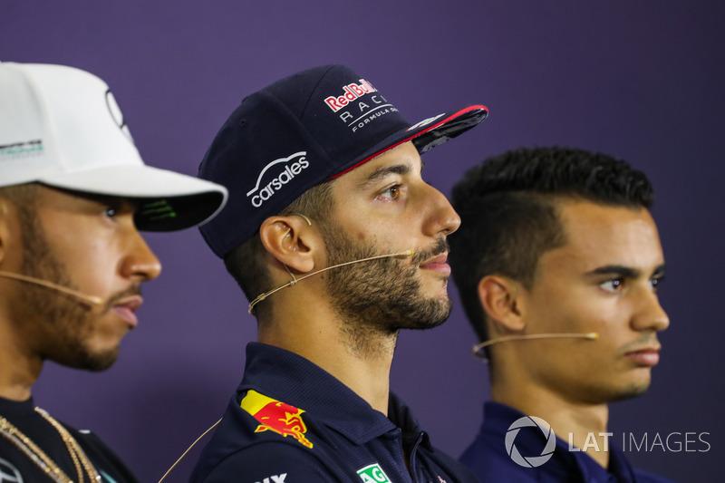 Льюіс Хемілтон, Mercedes AMG F1, Даніель Ріккардо, Red Bull Racing, Паскаль Верляйн, Sauber