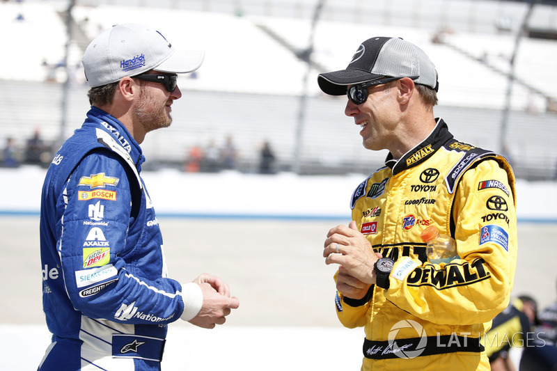 Dale Earnhardt Jr., Hendrick Motorsports, Chevrolet; Matt Kenseth, Joe Gibbs Racing, Toyota