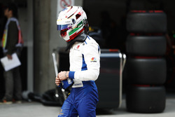 Antonio Giovinazzi, Sauber, returns ton his pit garage after an accident in qualifying