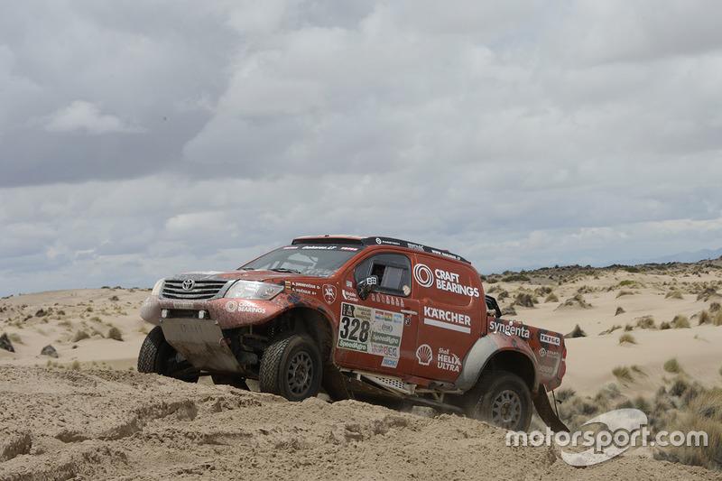 #328 Toyota: Antanas Juknevicius, Darius Vaiciulis