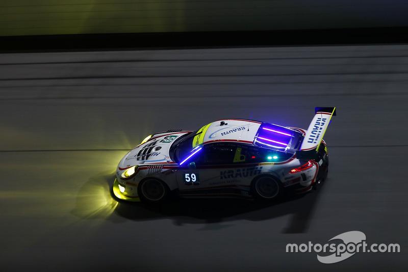 #59 Manthey Racing Porsche 911 GT3 R: Nils Reimer, Reinhold Renger, Harald Proczyk, Steve Smith