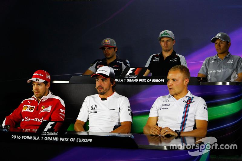 Прес-конференція: Карлос Сайнс-мол., Scuderia Toro Rosso; Ніко Хюлькенберг, Sahara Force India F1; Р