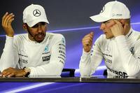 Lewis Hamilton, Mercedes AMG F1 e il vincitore della gara Valtteri Bottas, Mercedes AMG F1 nella conferenza stampa