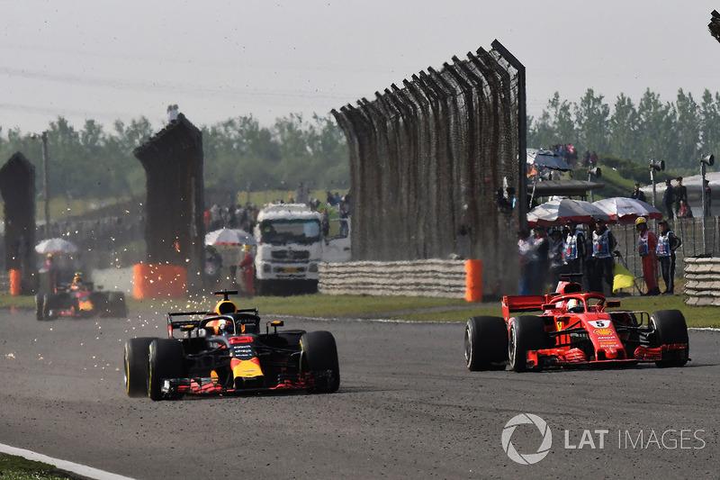 Даніель Ріккардо, Red Bull Racing RB14Себастьян Феттель, Ferrari SF71H battle
