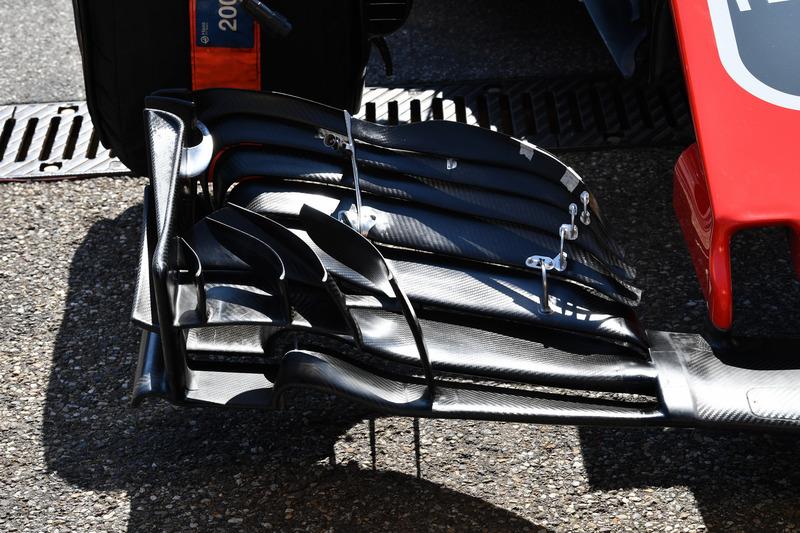 Detalle del ala frontal del Haas F1 Team VF-18