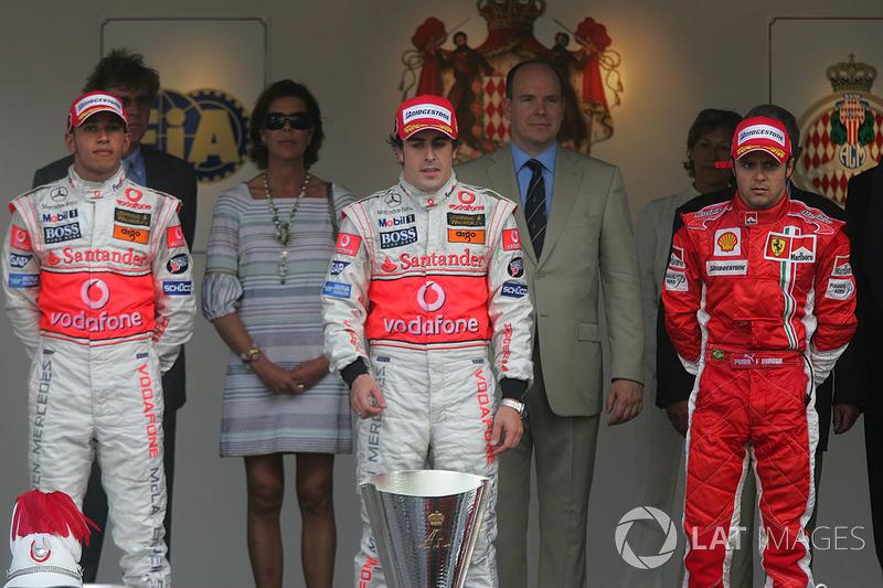 2007: 1. Фернандо Алонсо, 2. Льюис Хэмилтон, 3. Фелипе Масса