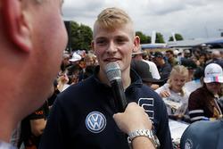 Autograph session, Julian Hanses, ma-con Dallara F317 - Volkswagen