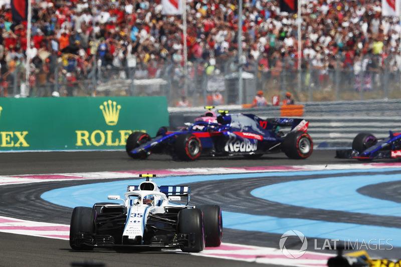 Sergey Sirotkin, Williams FW41, y Pierre Gasly, Toro Rosso STR13