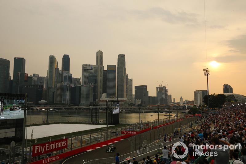 Fans y Lewis Hamilton, Mercedes AMG F1 W09