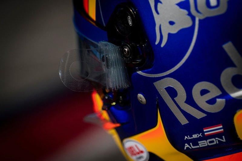 Casque d'Alex Albon, Scuderia Toro Rosso