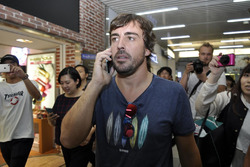 Fernando Alonso apareció en Shibuya.