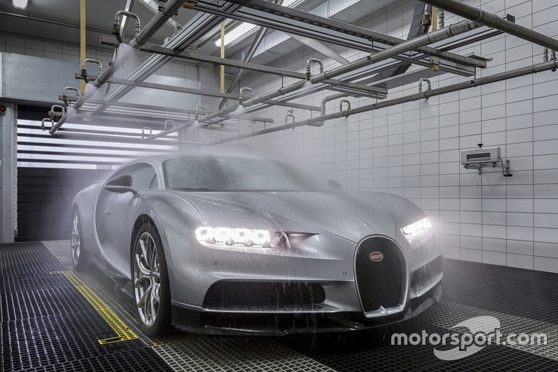 Bugatti Chiron in der Fabrik in Molsheim