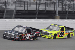 Noah Gragson, Kyle Busch Motorsports Toyota and Matt Crafton, ThorSport Racing Toyota