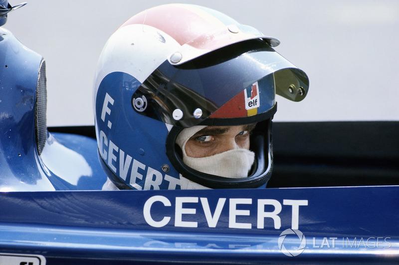 …но ровно через два года на той же самой трассе «Уоткинс-Глен» Франсуа Север попал в смертельную аварию. И победа 1971 года так и осталась единственной в его карьере.