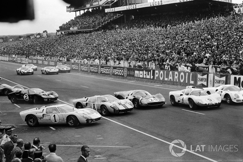 1966 год. Старт гонки