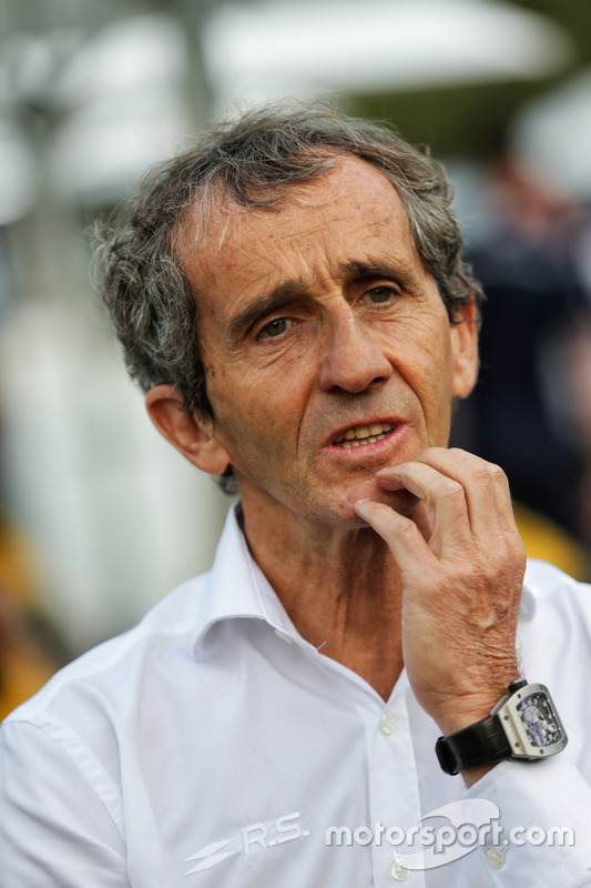 Alain Prost, Renault Sport F1 Team RS17, Berater