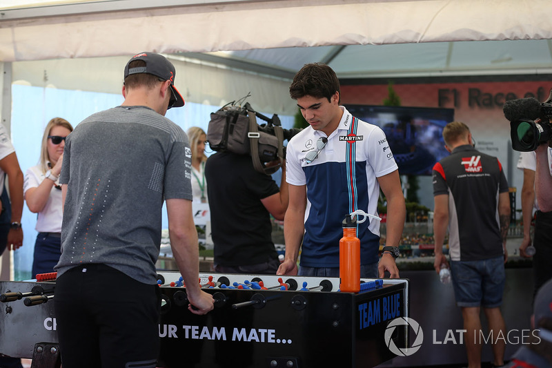 Stoffel Vandoorne, McLaren and Lance Stroll, Williams play Table Football / Foosball