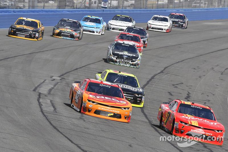 Kyle Larson, Chip Ganassi Racing, Chevrolet; Justin Allgaier, JR Motorsports, Chevrolet