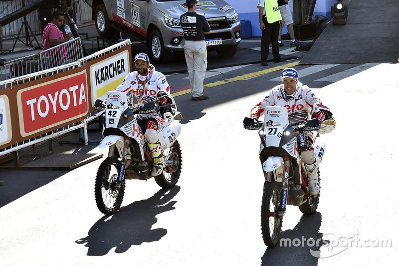 #42 Hero MotoSports Team Rally: CS Santosh, #27 Hero MotoSports Team Rally: Joaquim Rodrigues