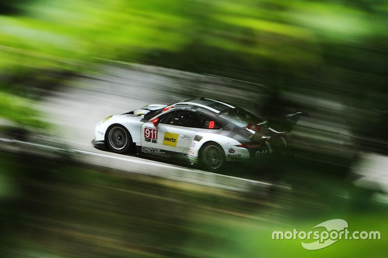 2. #911 Porsche Team North America Porsche 911 RSR: Нік Танді, Патрік Пілет