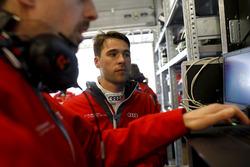#1 Audi Sport Team Land Audi R8 LMS GT3: Kelvin van der Linde