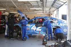 Kyle Larson, Chip Ganassi Racing Chevrolet out with engine trouble