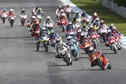 Start; Deniz Öncü, Red Bull KTM Ajo, arkada Can Öncü, Red Bull KTM Ajo